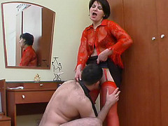Hawt mommy in red nylons getting to facesitting previous to wild muff-splitting